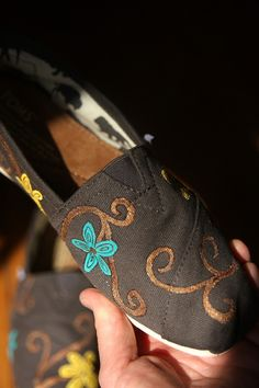 e445c1ee123 10 Best TOMS Style Your Sole Party images