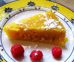 Toucinho do céu, doces regionais  Ingredientes:    10 ovos (8 gemas e 2 ovos)