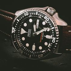 For those of us who consider that con a deal-breaker, there's theSeiko SKX007K2. Like the Submariner, it's a self-winding automatic watch w...