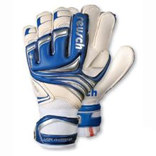 Reusch World Keeper Shockshield 2008 Reusch Goalie Gloves World Keeper. A great looking pair of Reusch goalie gloves called world keeper and will be loved by any goalkeeper who wants a flat palm. World keeper have been designed with a me http://www.comparestoreprices.co.uk/football-equipment/reusch-world-keeper-shockshield-2008.asp