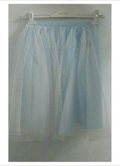 Kup mój przedmiot na #vintedpl http://www.vinted.pl/damska-odziez/spodnice/12692180-blekitna-spodnica-tiulowa-nowa