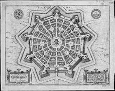 """Hippodamos à Milet: En 494 avant J.C., Hippodamos dessine la première ville pensée géométriquement. il est convaincu qu'en repensant la forme de la ville, on peut aussi en repenser la vie sociale. Pour éviter toute nuisance, pas d'innovation, pas d'originalité, aucun caprice humain. Hippodamos a inventé la notion de """"bien rangé"""". Un citoyen bien rangé dans l'ordre de la cité, une cité bien rangée dans l'ordre de l'Etat, lui-même ne pouvant être que bien rangé dans l'ordre du cosmos."""
