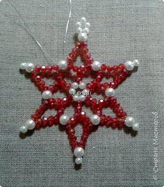 Snowflake made of beads Photo 12