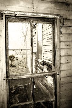 Abandoned home photography in Rural America. Old abandoned home with cemetery view from broken window. Sepia, vintage, old film style photograph by Michel Keck. Abandoned Buildings, Abandoned Property, Old Abandoned Houses, Abandoned Mansions, Old Buildings, Abandoned Places, Old Houses, Haunted Houses, Broken Window