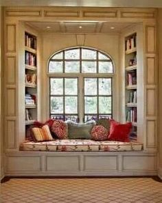 oh a window seat, that's something else i would want in my dream house. a kitchen island, a window seat. ya know, fun stuff Traditional Windows, Traditional Benches, Traditional Ideas, Sweet Home, Home Libraries, Cozy Nook, Cozy Corner, Home And Deco, Design Case