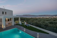 Luxury five bedroom villa in NW Crete with sea view, Kissamos | Cretico