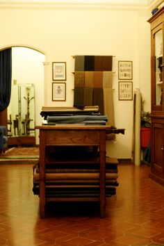 I love little tailors shops like this called Liverano & Liverano in Florence. They sell a little ready-to wear but th Mens Tailor, Tailor Shop, Interior And Exterior, Interior Design, Material Board, Bespoke Tailoring, My Sewing Room, Store Design, Florence