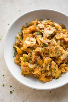 Easy Chicken and Cabbage Stir Fry Sautéed cabbage and chicken is a healthy and delicious stir fry. Tender chicken breast, onions, and cabbage sautéed with garlic and paprika make a comforting family dinner! Delicious served with a dollop of sour cream! Sauteed Cabbage, Cabbage Stir Fry, Chicken And Cabbage, Fried Cabbage, Crockpot, Chips Ahoy, Pastas Recipes, Bread Recipes, Paleo Recipes