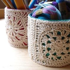 Caution:  Great crochet ideas - this one's way down on the page -- and it's in French (but Chrome translated well)