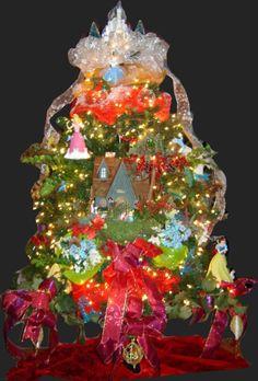 Royal-Christmas-Trees-Hall-of-Fame-2013