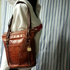 Brahman crocodile   purse authentic Brown crocodile purse nice purse  the zipper gripper is missing  as seen in other listing additional  pic Brahmin Bags