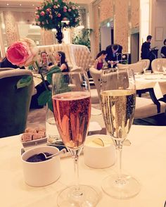 Feeling fancy  #afternoontea #london #pink #champagne #weekend #sundayfunday by chelsiecollins1
