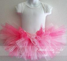 Coffee, Crafts & Cupcakes: DIY Tutu Tutorial. Thinking about making this for Elle for her 6 month photos :)