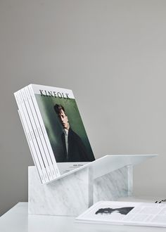 Kinfolk have introduced some exciting new changes including updates to their already beautiful magazine, a new website and gallery space. Interior Styling, Interior Decorating, Interior Design, Modern Interior, Decorative Accessories, Home Accessories, Kinfolk Magazine, Catalog Design, Pop Up Shops
