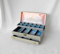 Vintage Lady Buxton Large Two-Tiered Jewelry Box by ShaginyAndTil