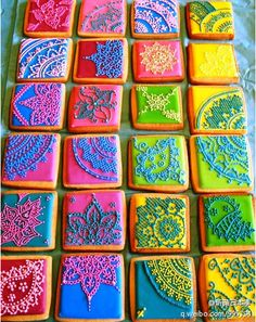 Hindi henna brightly colored Indian wedding cookies漂亮