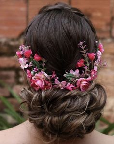 Medieval Hairstyles, Flower Crown, Wedding Styles, Wedding Hairstyles, Bride, Wedding Dresses, Hair Styles, How To Make, Accessories