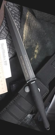 Extrema Ratio ER Commando Knife Fixed Blade This Took My Money - Oil Paintings Survival Weapons, Survival Knife, Survival Tools, Cool Knives, Knives And Swords, Tactical Knives, Tactical Gear, Dagger Knife, Fixed Blade Knife