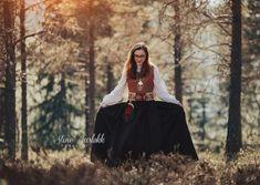 Creative Photography, Bomber Jacket, Jackets, Fashion, Pictures, Down Jackets, Moda, Fashion Styles, Fashion Illustrations