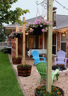30 Easy DIY Backyard Projects & Ideas 2019 DIY Patio Area with Texas Lamp Posts. The post 30 Easy DIY Backyard Projects & Ideas 2019 appeared first on Patio Diy. Pergola Diy, Diy Patio, Back Yard Patio Ideas, Porch Ideas, Outdoor Patio Ideas On A Budget Diy, Budget Patio, Cheap Patio Ideas, Inexpensive Backyard Ideas, Rustic Patio