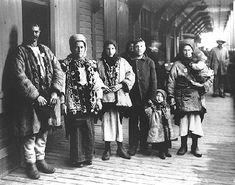 Ukrainian immigrants arrival in Québec, circa 1911