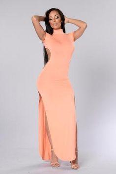 Aphrodisiac Dress - Peach