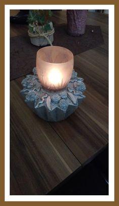 Windlicht für die Terrasse Candle Holders, Candles, Terrace, Tutorials, Porta Velas, Chandelier, Pillar Candles, Lights, Candlesticks