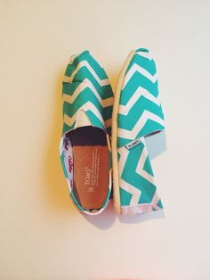 I would so wear these #chevron Toms! Although, I would have to find a matching outfit to wear them with.