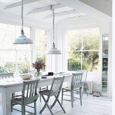 white breakfast room