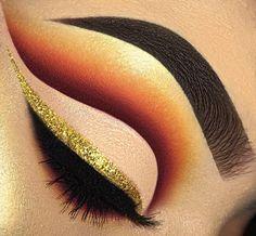 How To Create A Perfect Cut Crease – Makeup Mastery Gel Eyeliner, Eye Makeup Cut Crease, How To Apply Eyeliner, Eyeliner Pencil, Black Eyeliner, Eye Makeup Tips, Makeup Inspo, Face Makeup, Colorful Makeup