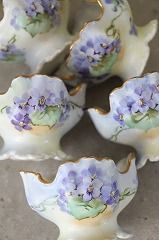 ココン・フワット Coconfouato [アンティーク照明&アンティーク家具] フレンチアンティーク キャニスターセット ホーロー 陶器 テーブルウェア --kitchen-- Heinrich Heine, Sweet Violets, Gras, Dishes, Antiques, Desserts, Beautiful, Food, Violets