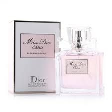 Christian Dior Miss Dior Cherie Blooming Bouqet  simply amazing. Love it