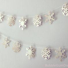 Limited Edition Frozen Creamy Vanilla Snowflakes garland holiday bunting paper 9 Foot Strand Rustic Snowflake Decor