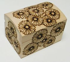 Cute daisy box. Site contains cool way to draw daises!