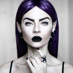 Mosdel/Photo: Beatriz Mariano Photography Welcome to Gothic and Amazing| www.gothicandamazing.org