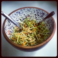 Another Meatless Monday: Easy Broccoli Slaw Recipe