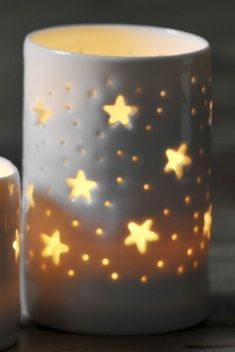 stars maxi tealight holder - Idea for Pottery Ceramic Lantern, Ceramic Light, Slab Pottery, Ceramic Pottery, Clay Candle Holders, Pottery Classes, Ceramics Projects, Christmas Candle, Pottery Designs