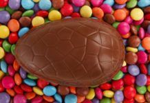 British Corner Shop is the online supermarket for British Expats. Shop from thousands of products, brands like Heinz Baked Beans, Marmite, and Cadbury Chocolate. Easter Candy, Easter Treats, Easter Eggs, Easter Chocolate, Homemade Chocolate, Cadbury Chocolate, Easter Recipes, Egg Recipes, Candy Companies