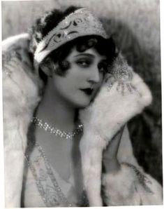 Merchandise & Memorabilia Creative Carmel Myers-beautiful Portrait-1920-arcade Card G Special Summer Sale