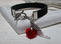 Lederarmband vintage schwarz Herz Charm von ChaPu auf DaWanda.com