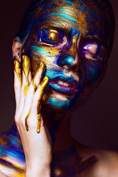 "artofashion: ""Galaxy by photographer Svetlana Vavilova "" Paint Photography, Beauty Photography, Portrait Photography, Glitter Make Up, Galaxy Art, Creative Portraits, Fantasy Makeup, Woman Painting, Portrait Art"