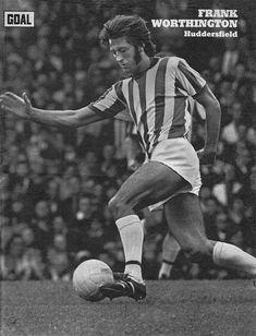 Circa 1970/71. Huddersfield Town centre forward Frank Worthington. Huddersfield Town Fc, Frank Worthington, Class Games, Football Memorabilia, Working Class, Premier League, Goals, Running, Centre