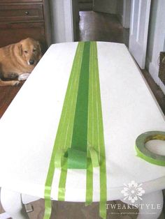 Repurposed furniture Easy – Grain Sack Striping on Furniture, Quick and Easy… … - DIY Möbel French Furniture, Refurbished Furniture, Paint Furniture, Repurposed Furniture, Shabby Chic Furniture, Furniture Projects, Furniture Design, Luxury Furniture, Striped Furniture