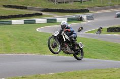 conservance:  Oh just getting some air on my vintage 2 stroke…(via Odd Bike)
