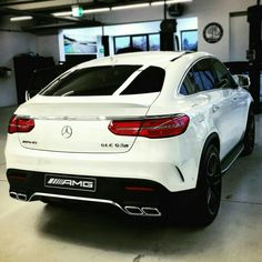 Periodic vehicle maintenance, which is of great importance for driver and passenger safety, has a positive effect not only on safety but also on the performance of the car provided … Maserati, Lamborghini, Ferrari, Mercedes Benz Suv, Mercedes G Wagon, Top Luxury Cars, Lux Cars, Diesel Cars, Car Goals