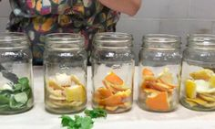 Keep the citrus peels! You can make a powerful cleaning po . Home Hacks, Diy Hacks, Diy Cleaning Products, Cleaning Hacks, Gifts For Photographers, Square Photos, Science And Nature, Diy Kits, Food Videos
