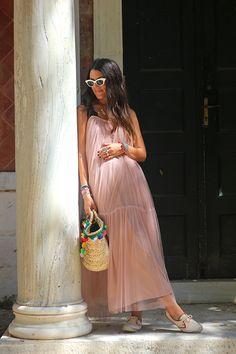 Mariloo // Karavan Clothing  blog.karavanclothing.com #karavanclothing #karavan #marilookaravan We Wear, How To Wear, Mirror, Outfits, Dresses, Style, Fashion, Vestidos, Swag