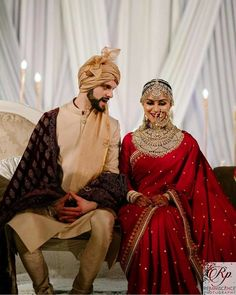 Indian Bridal Photos, Indian Bridal Outfits, Indian Bridal Fashion, Indian Bridal Wear, Indian Fashion Dresses, Indian Designer Outfits, Indian Designers, Indian Bride Dresses, Indian Bride And Groom