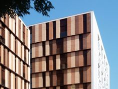 Gallery of 154 Rental Social Housing And Public Building For The Barcelona Municipal Housing / ONL Arquitectura - 2