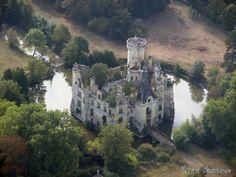 Château de La Mothe-Chandeniers - it was destroyed by a fire in 1932, but still has a presence.  Nord Pas de Calais